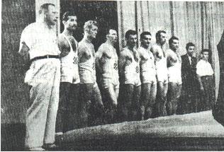 Slika 4. Hrvatska reprezentacija koja je nastupila protiv reprezentacije Italije 1942. godine u Zagrebu